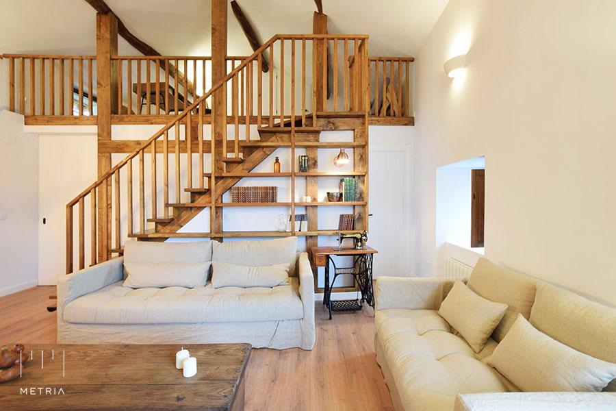 Casa Venancio, escalera buhardilla